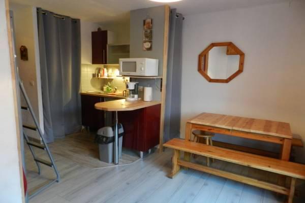 Photo Studio avec petit jardin à 2 km des thermes de Luz Saint Sauveur