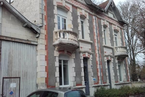 Photo Location de cure thermale dans une villa ancienne à Jonzac