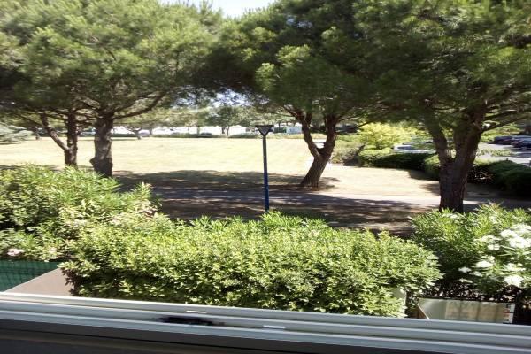 Photo Joli 2 pièces avec vue sur parc arboré à 1 km des thermes de Balaruc les Bains
