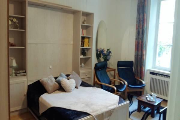 Photo Studio à Aix les Bains,2* dans un hôtel de charme de 1900 pour 2 pers - Wifi gratuit