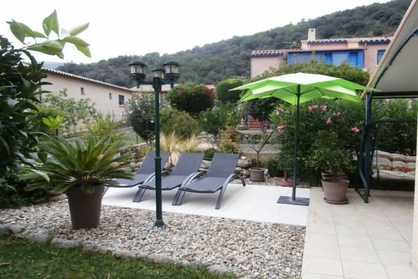 Photo F2 classé 3 *** avec grande terrasse, plancha, solarium - Amélie les Bains
