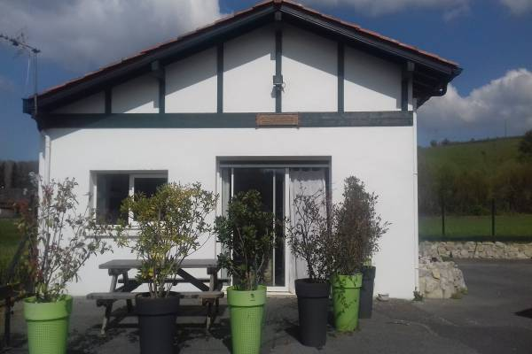 Photo Location studio rez-de-chaussée à Cambo-les-Bains.