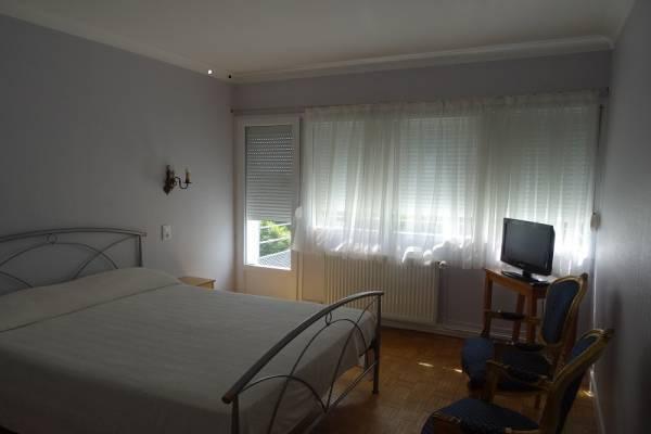 Photo Situé à Bains-les-bains, T1 de 35 m2 idéal proche des Thermes - PANO 39 -