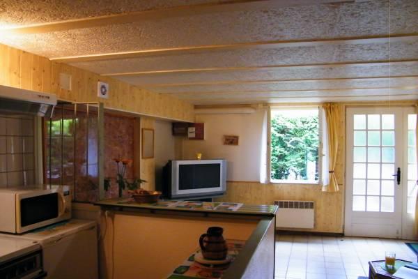 Photo Grand studio pour les curistes de Luxeuil-les-Bains - Cap