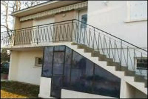 Photo Appartement à l'étage d'une maison à Jonzac 2 à 6 pers