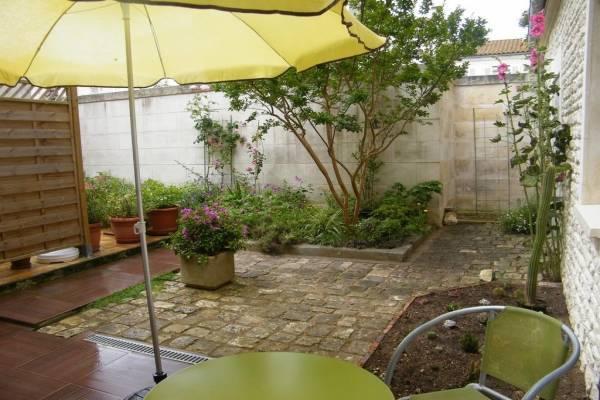 Photo Appartement de 2 pièces avec terrasse à 800m des thermes de Rochefort