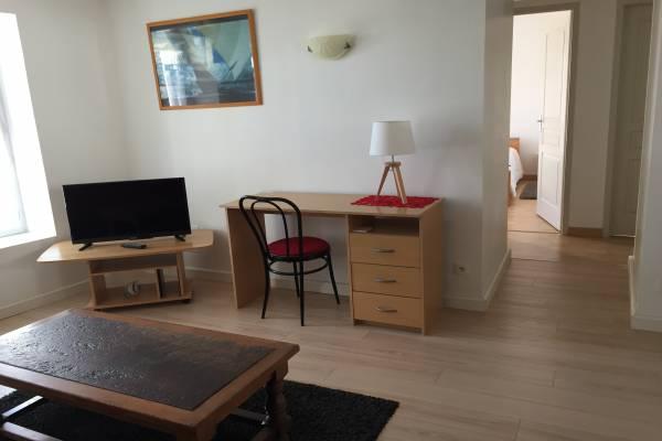 Photo Appartement de 3 pièces dans le centre de Jonzac