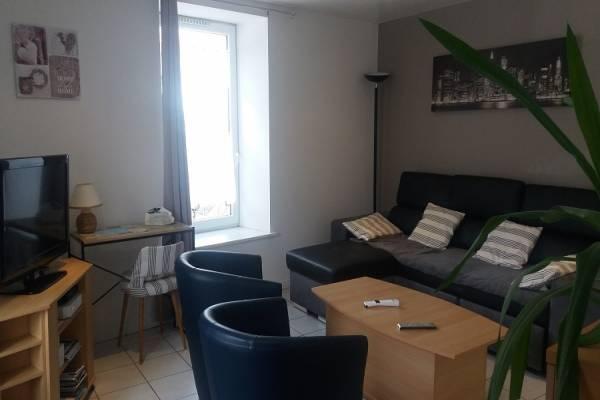Photo Appartement avec 2 chambres à 50 mètres des thermes de Bains les Bains - Ca