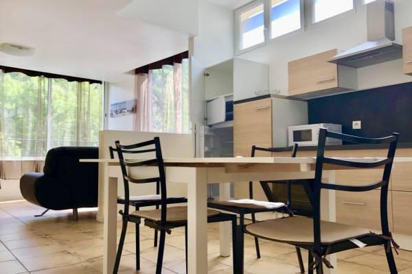 Photo Appartement avec une chambre à Allevard - 001