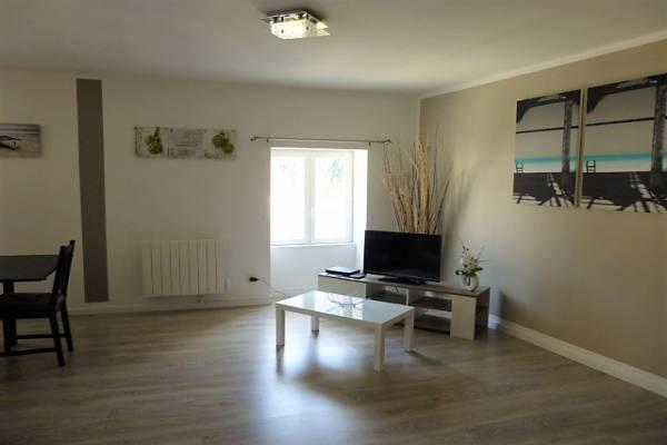 Photo Appartement avec 2 chambres à Allevard (38580) - 3* - 203