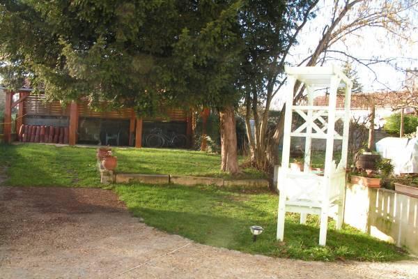 Photo Appartement au rez de chaussée avec jardin et garage pour les curistes de Jonzac