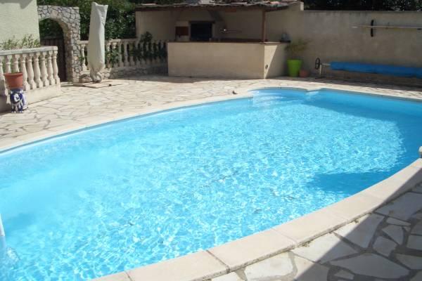 Photo Maison avec 3 chambres et piscine pour les curistes de Balaruc