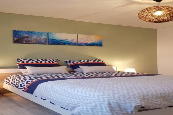 Photo Maisonnette avec une chambre dans le centre de Saint-Amand-les-Eaux