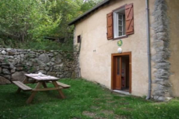 Photo Gite avec 2 chambres à 3 km des thermes d'Ax les Thermes -  Pradet