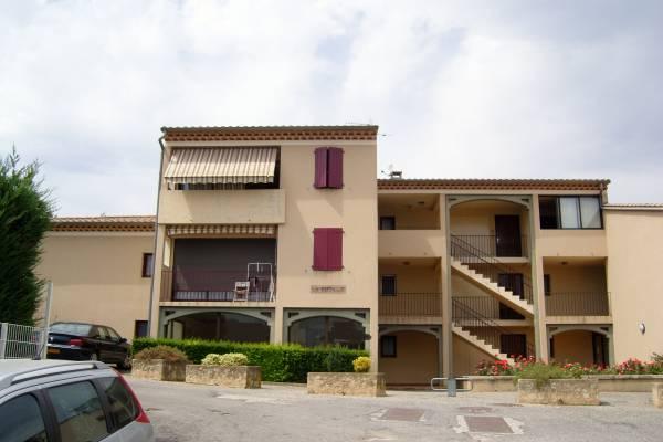 Photo Location T2 Gréoux les bains avec balcon et parking