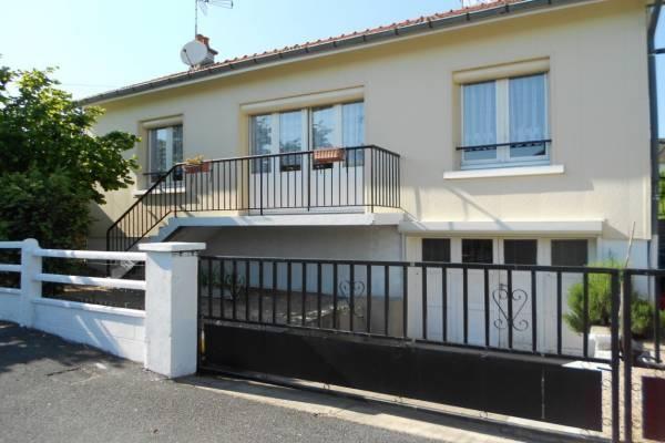 Photo Maison meublée 6 personnes quartier calme Bellerive sur allier à 2 km des thermes de Vichy