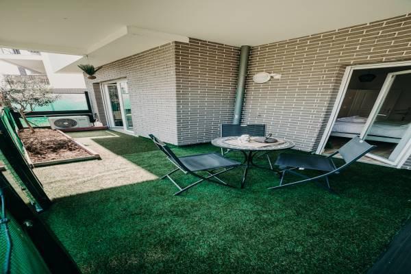 Photo Appartement de 2 pièces avec terrasse et garage proche du lac d'Aix les Bains