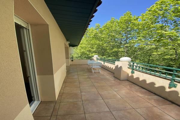 Photo APPARTEMENT T2 à Dax avec grande terrasse et parking à 500 mètres des thermes Borda
