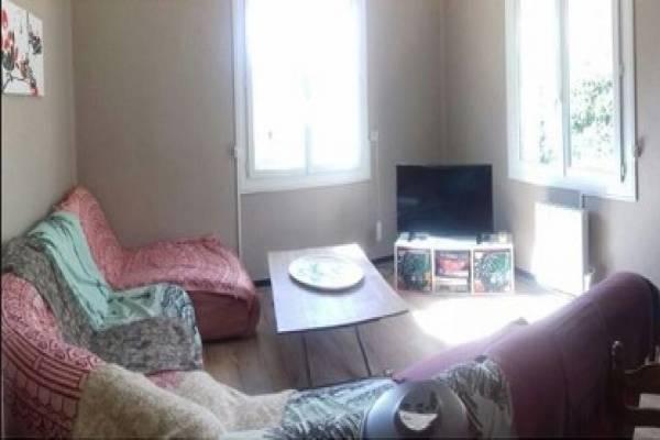 Photo Appartement avec 2 chambres en rez-de-jardin pour curistes de Vernet-les-Bains