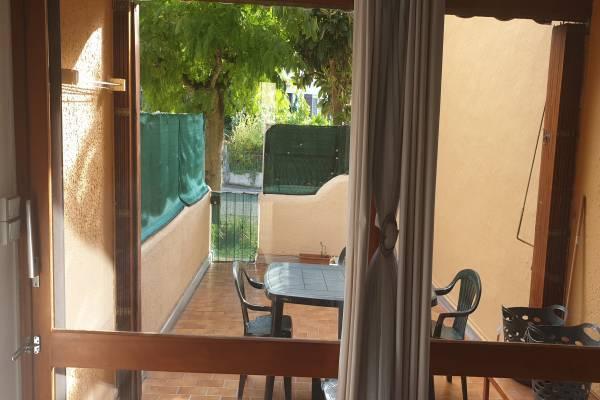 Photo Grand studio avec belle terrasse et parking proche des thermes de Vernet les Bains