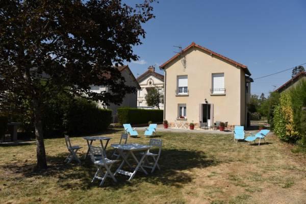 Photo Studio à 1 km du centre thermal d'Evaux Les Bains pour 2 personnes