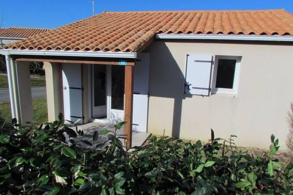Photo Petite maison à Ozillac pour les curistes de Jonzac
