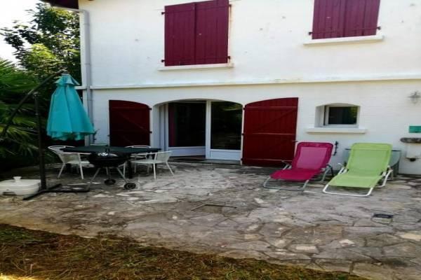 Photo Grand studio sur jardin à Cambo les Bains